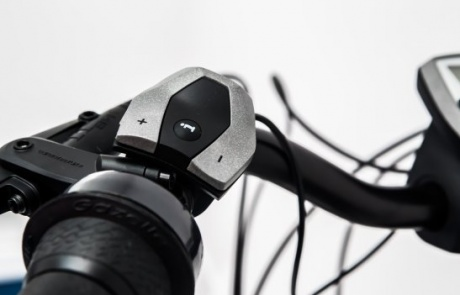 Rent an E-Bike with easy controller